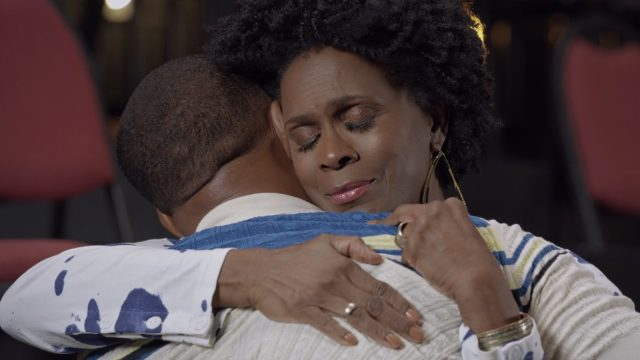 janet hubert and will smith hug on fresh prince reunion special