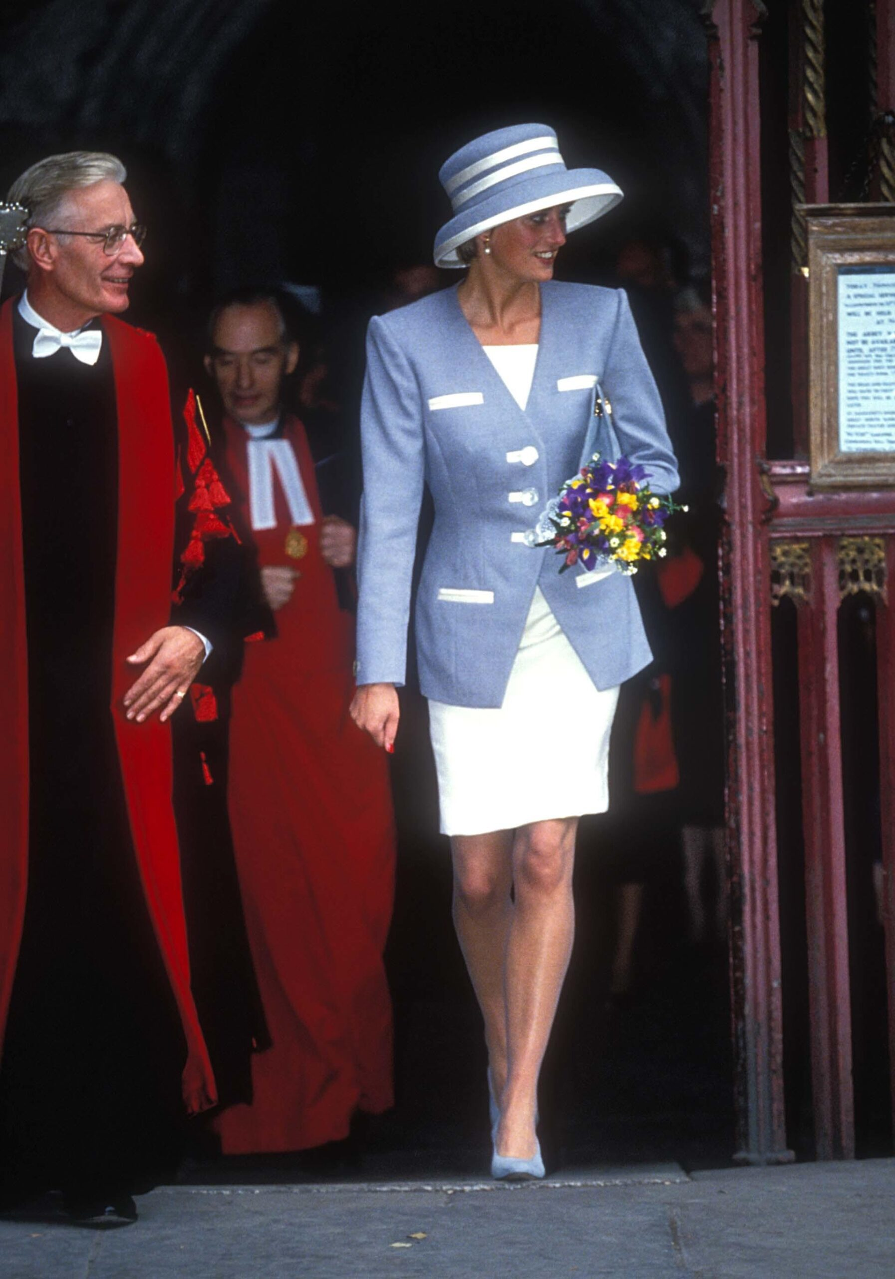 Princess Diana wears designer dress in 1982