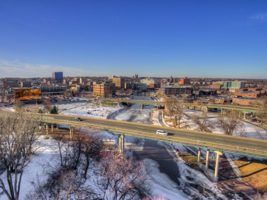 cityscape photo of downtown Sioux Falls, South Dakota