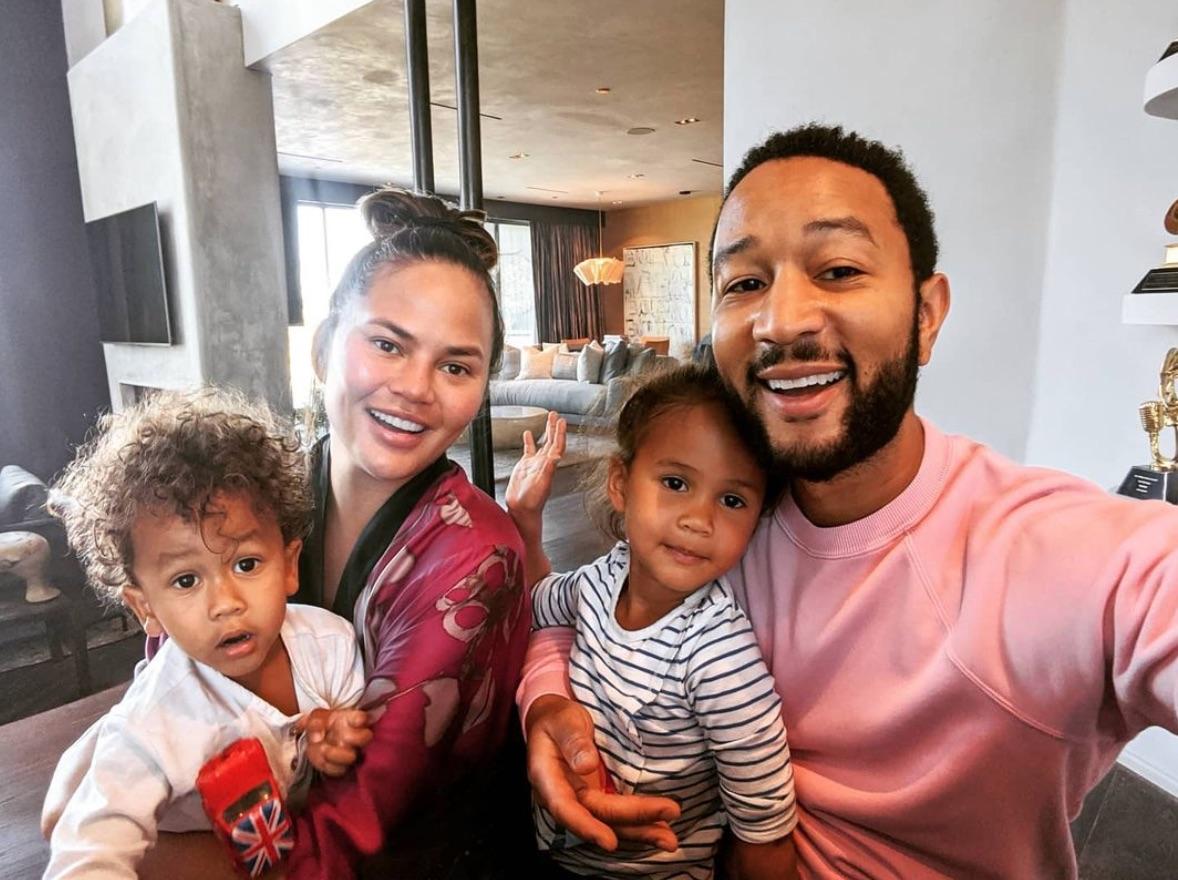 Chrissy Teigen John Legend and kids