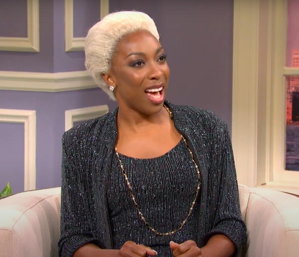 Ego Nwodim as Dionne Warwick in an SNL Sketch