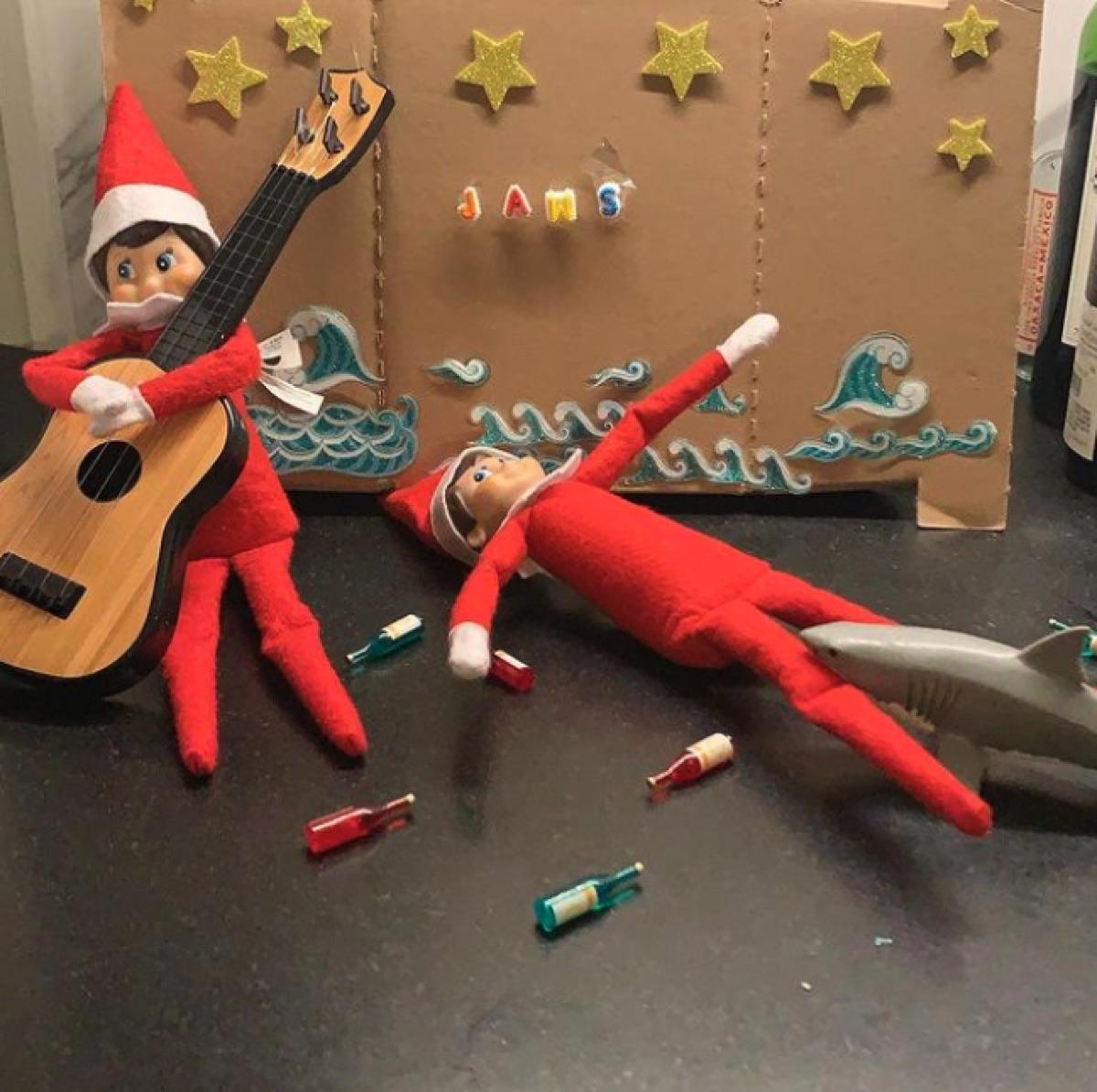 Jenny Mollen's Elf on a Shelf scene