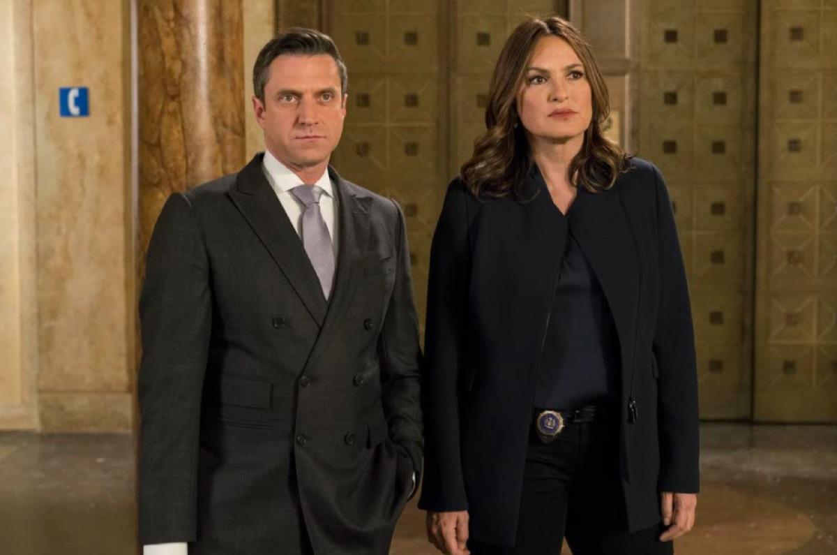 Raul Esparza and Mariska Hargitay in Law & Order: SVU