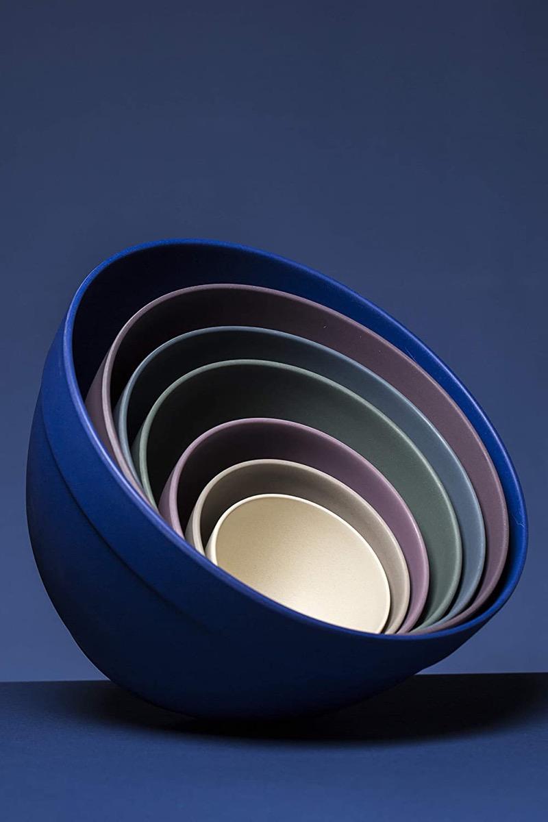 Set of 7 nesting bowls