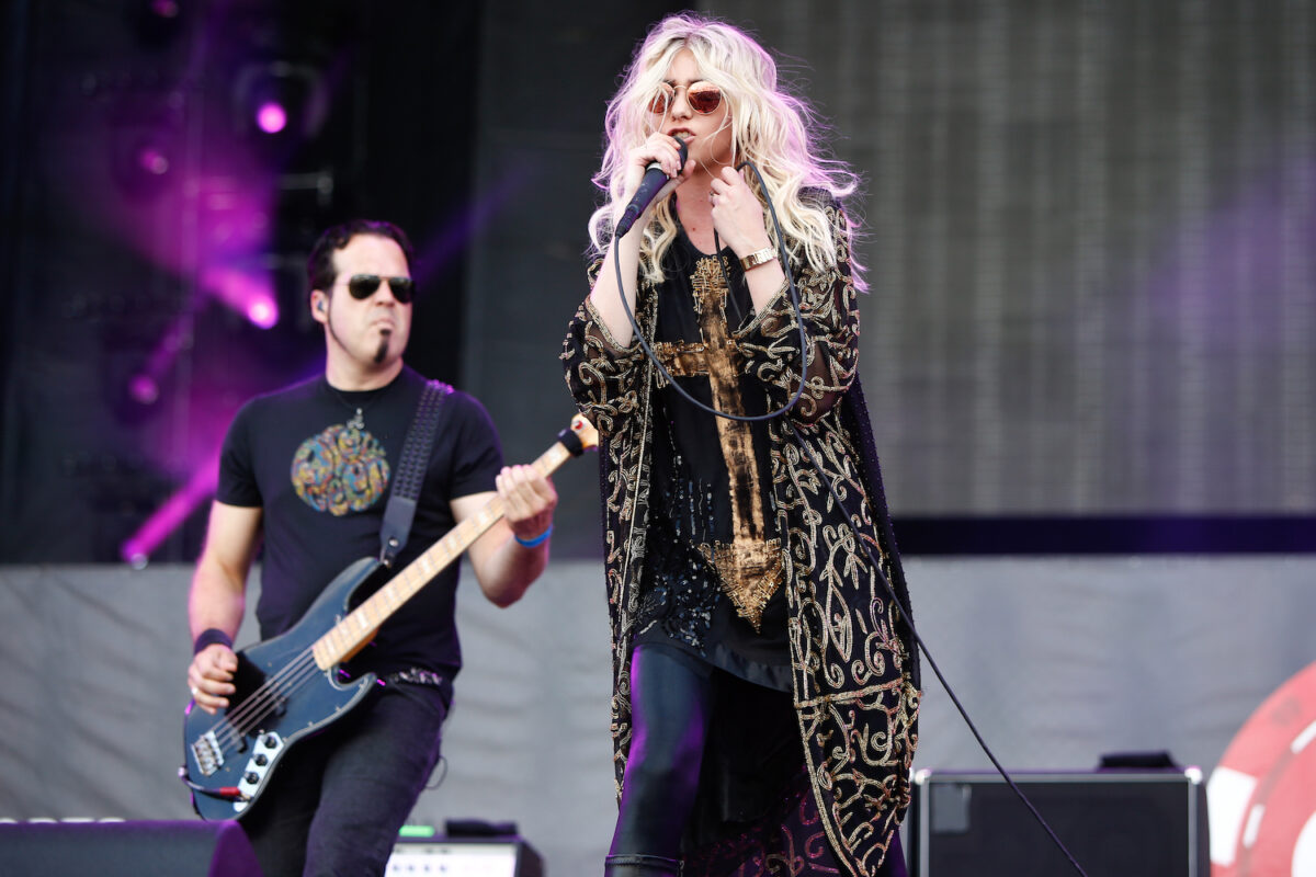 Taylor Momsen with Pretty Reckless