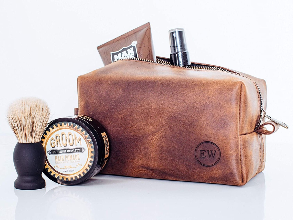 Leather toiletry bag for men with products