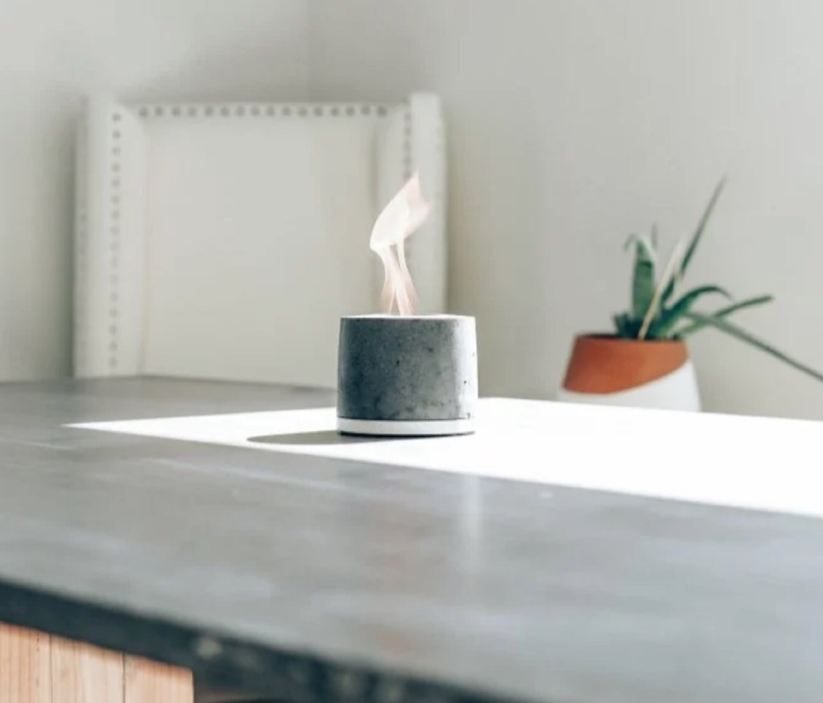 gray fire pit on table