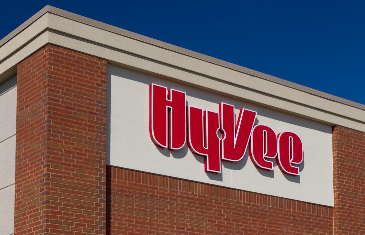 a HyVee Store sign in Burnsville, Minnesota