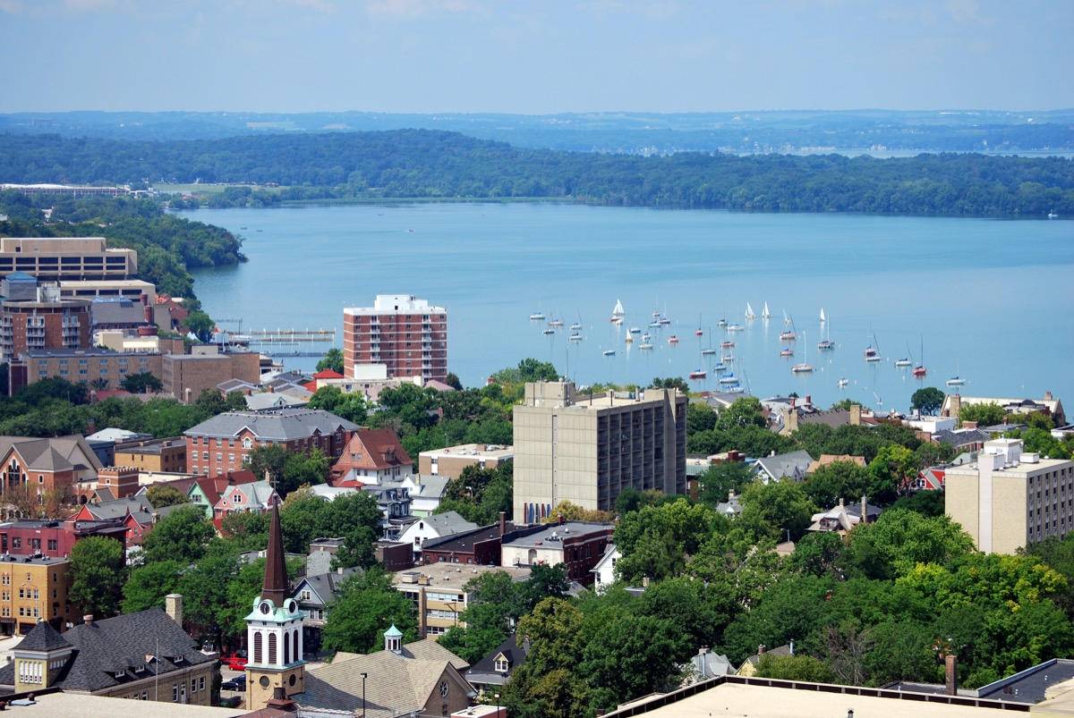 cityscape photo of downtown Madison, Wisconsin