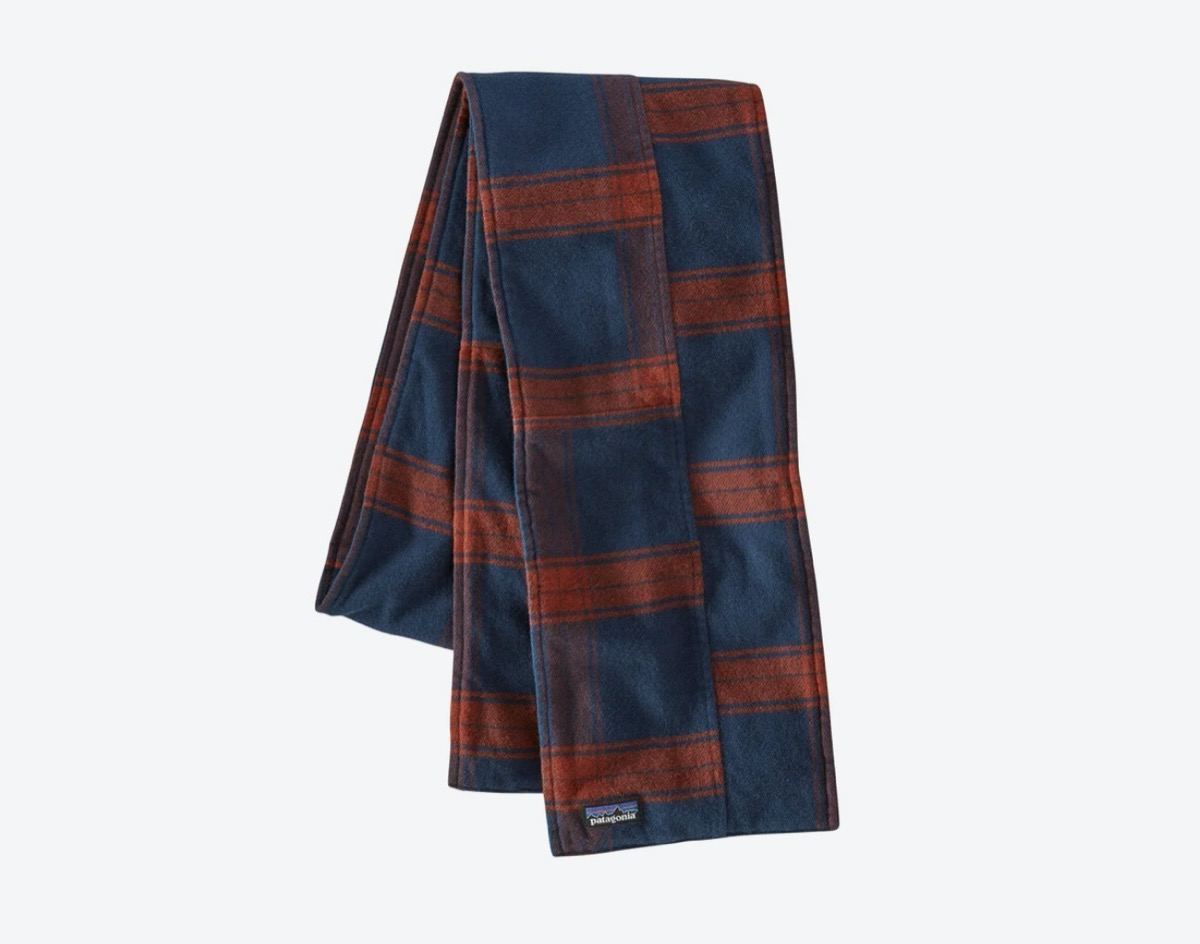 blue and red flannel scarf