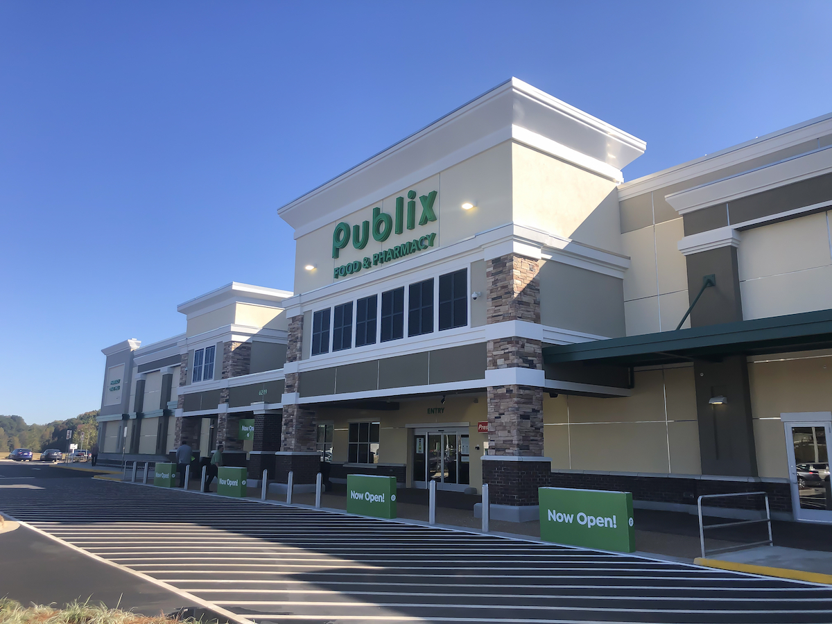 The outside view of a Publix store on the morning of the grand opening off of Hwy 280 in Alabama