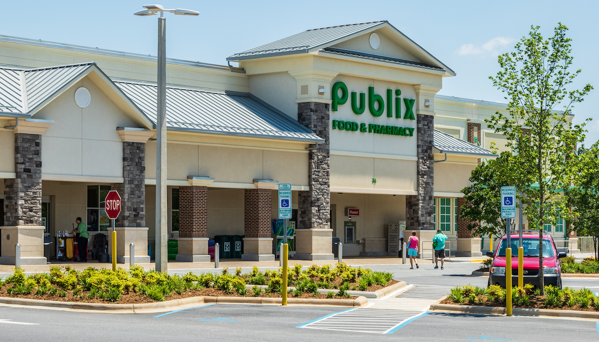A Publix food & pharmacy store in Hickory, North Carolina