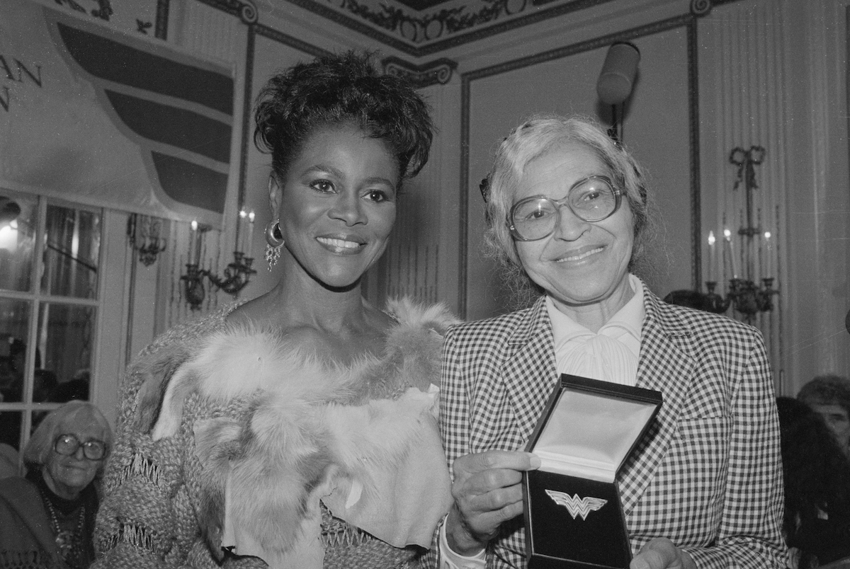 Cicely Tyson and Rosa Parks Posing with Award