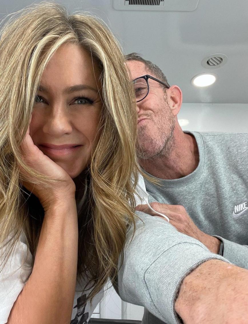 Jennifer Aniston and Chris McMillan 2