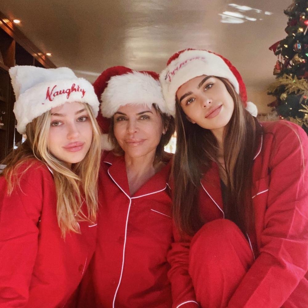 Lisa Rinna, Amelia and Delilah Hamlin Christmas