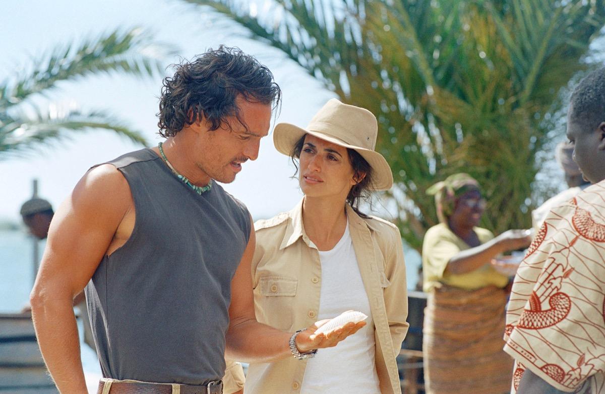 Matthew McConaughey and Penelope Cruz in Sahara