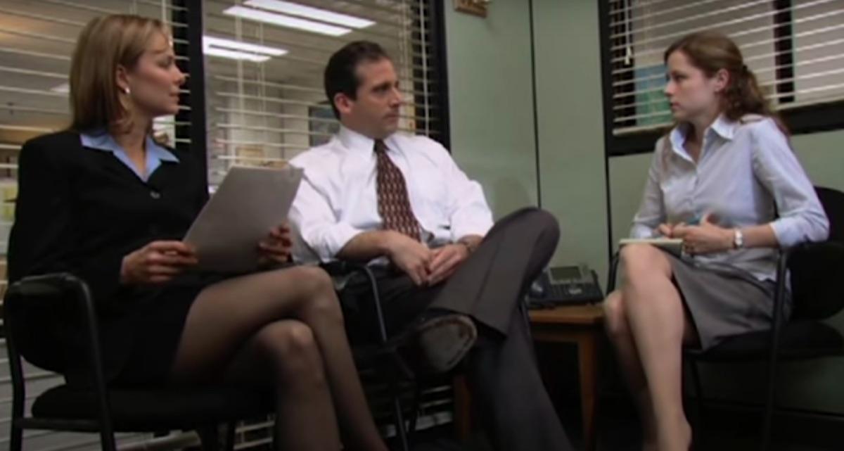 Melora Hardin, Steve Carell, and Jenna Fischer in The Office Pilot