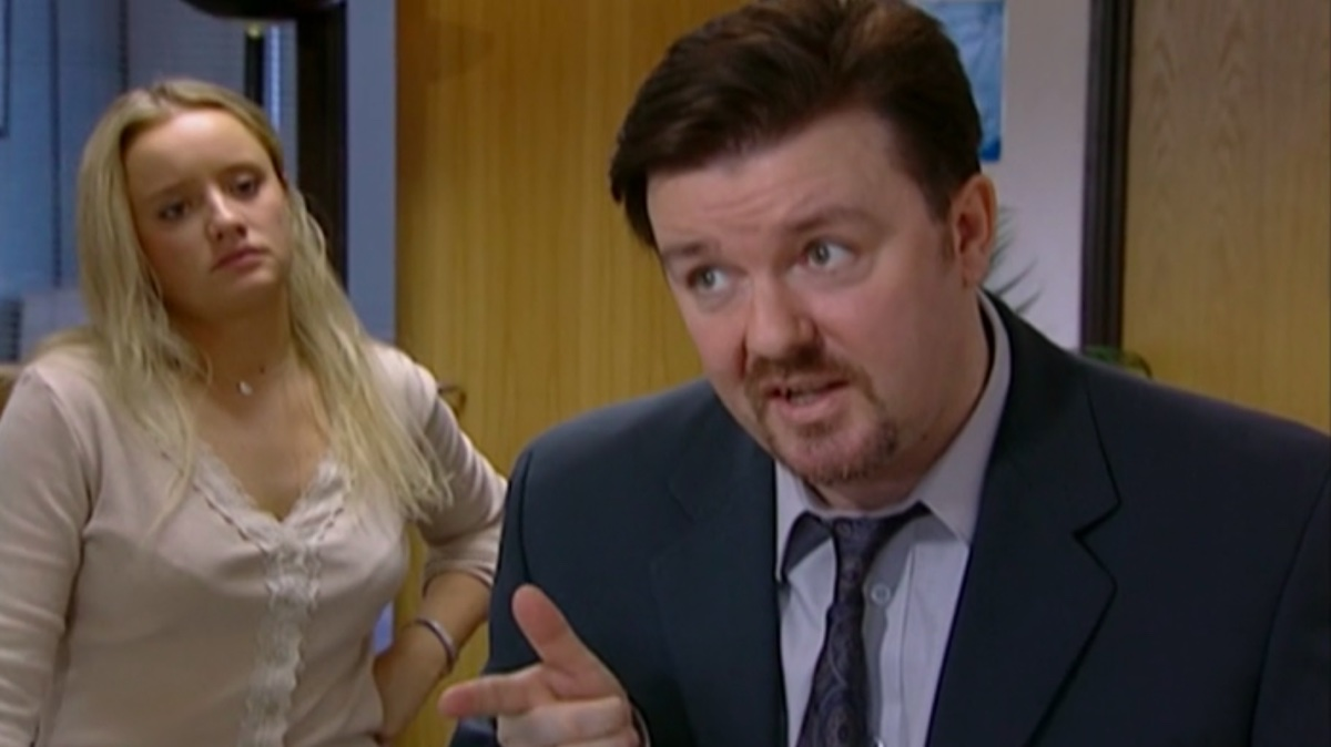 Lucy Davis and Ricky Gervais in The Office UK