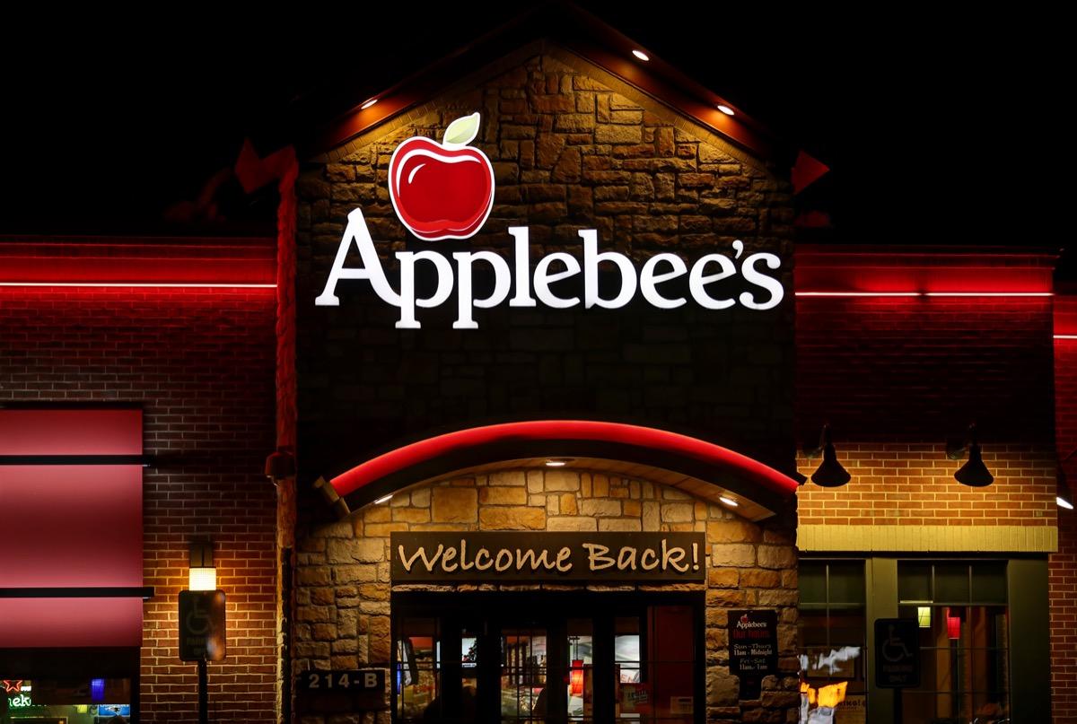 the exterior of an Applebee's restaurant in Saugus, Massachusetts