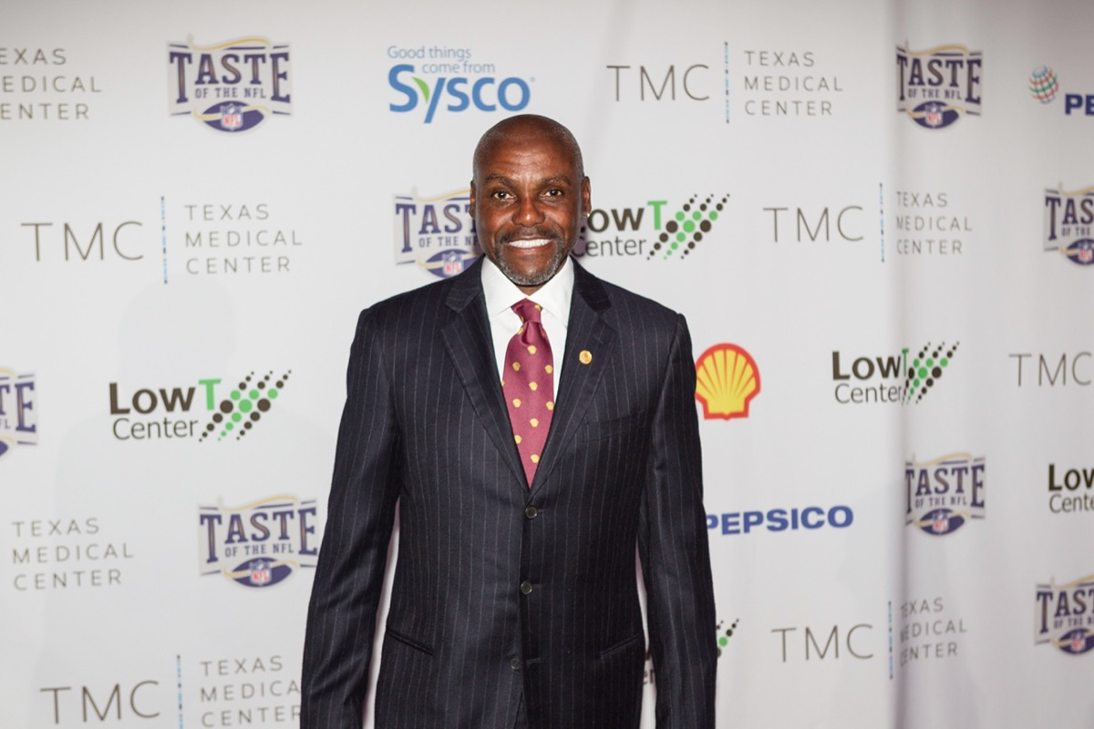 Carl Lewis at the Taste of the NFL's Party with a Purpose in 2017