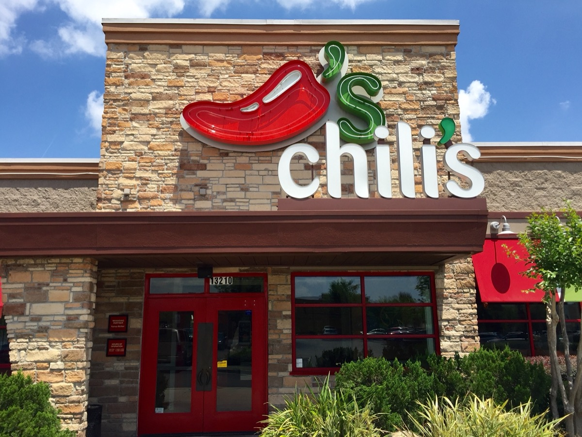 the entrance and sign of a Chili's restaurant in Jacksonville, Florida