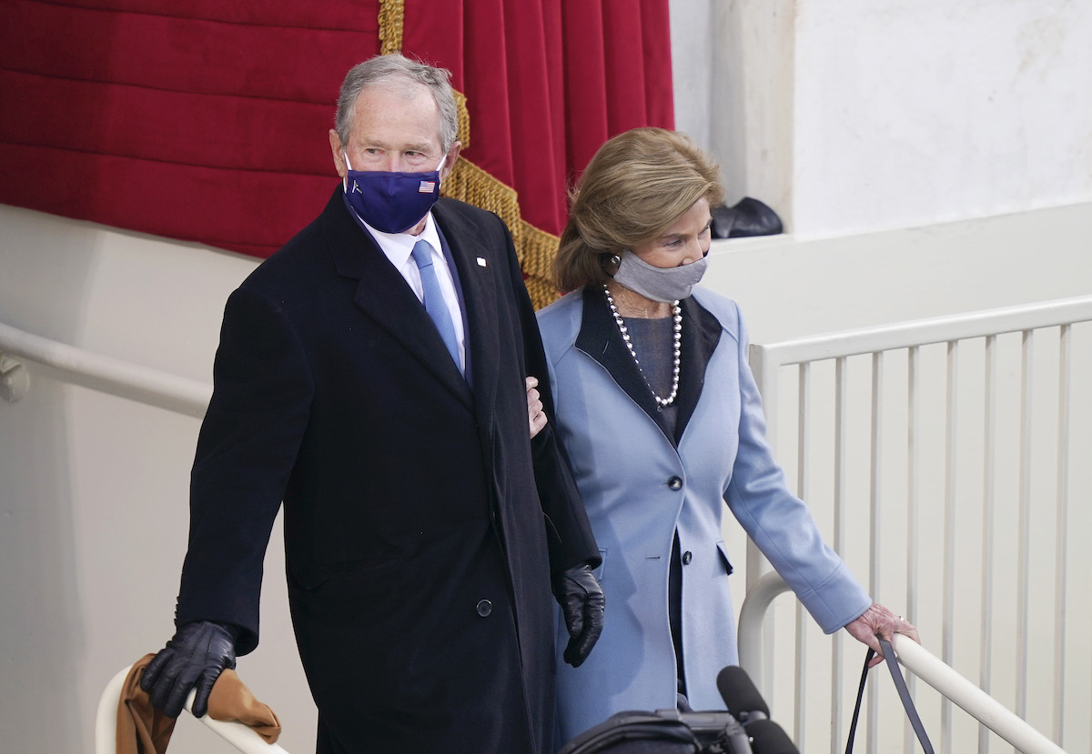 Former U.S. President George W. Bush and Laura Bush arrive to the inauguration of U.S. President-elect Joe Biden on the West Front of the U.S. Capitol on January 20, 2021 in Washington, DC