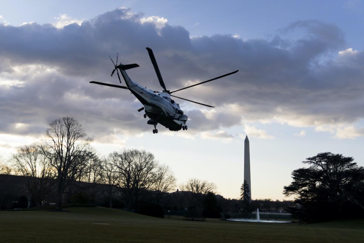 marine one helicopter over washington dc