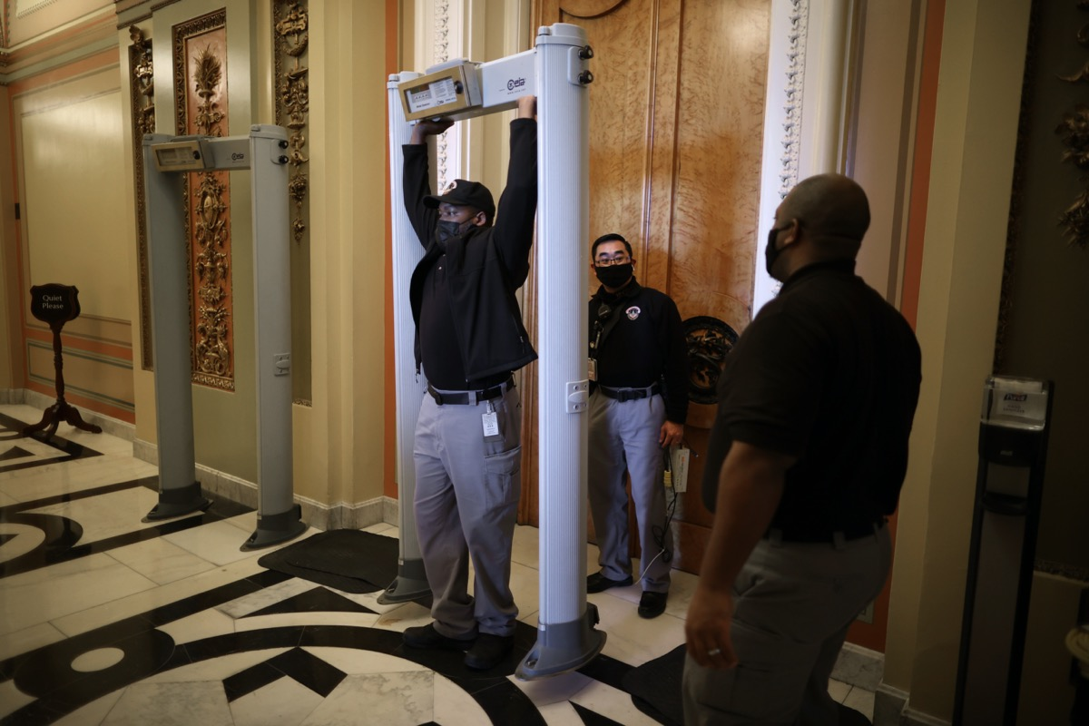 capitol police installing metal detectors at house of representatives chamber