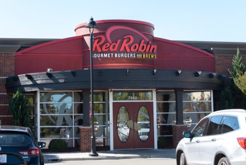 the exterior of a Red Robin restaurant in Raleigh, North Carolina