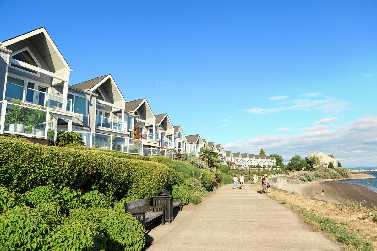 the Columbia River Renaissance Trail and house in Vancouver, Washington