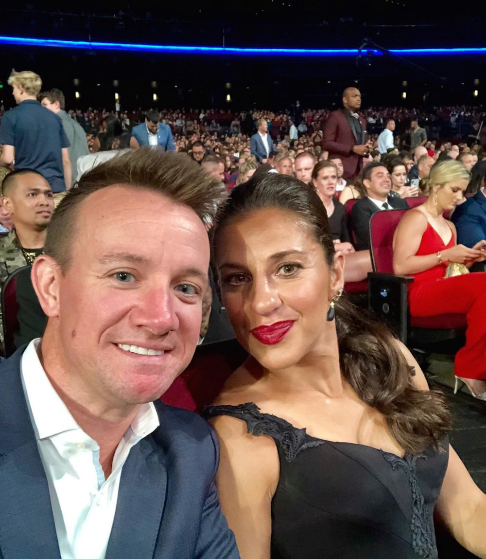 Brian Hollins and Carli Lloyd take a selfie at the 2019 ESPYs