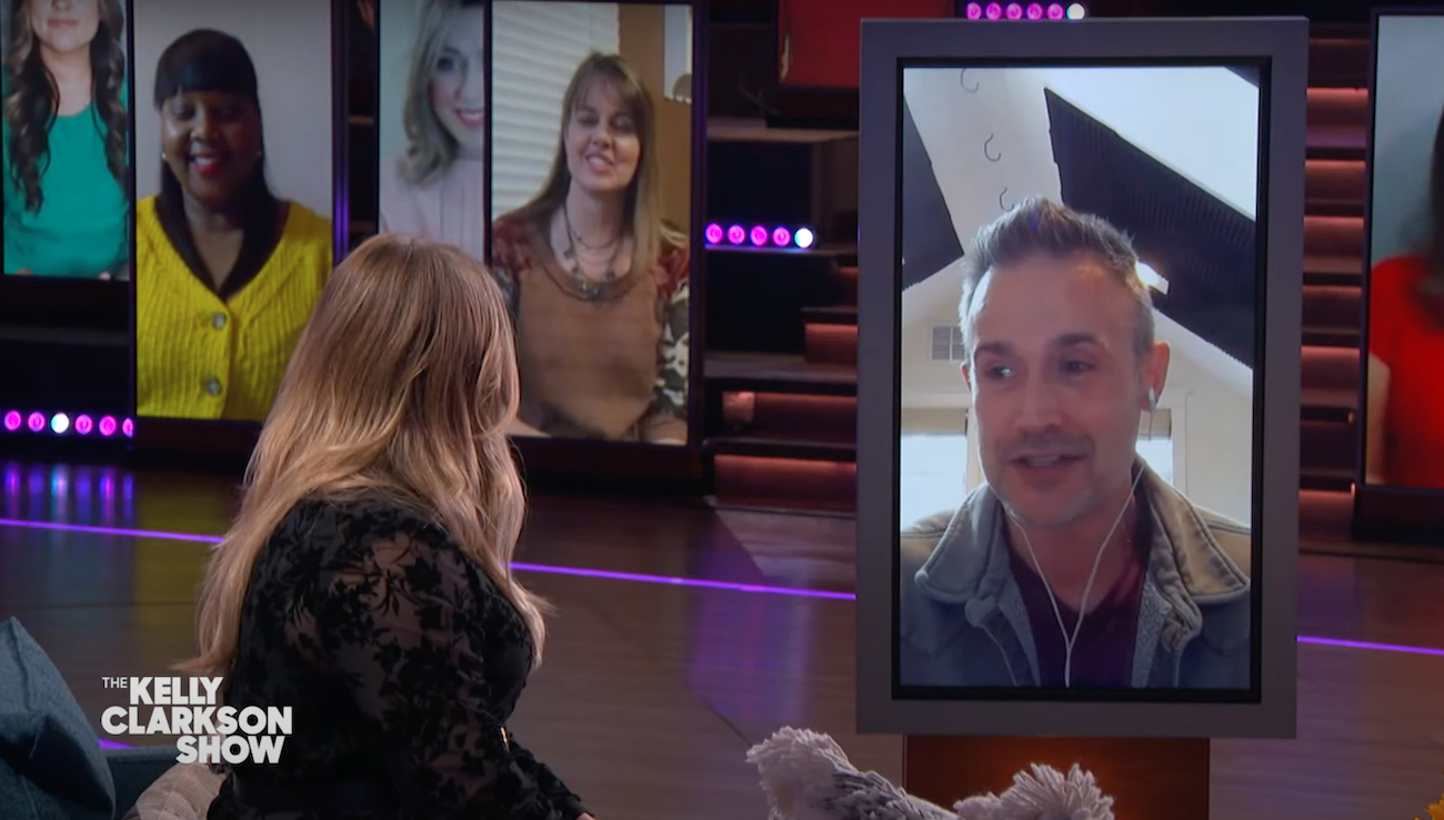 Freddie Prinze Jr and Kelly Clarkson on The Kelly Clarkson Show