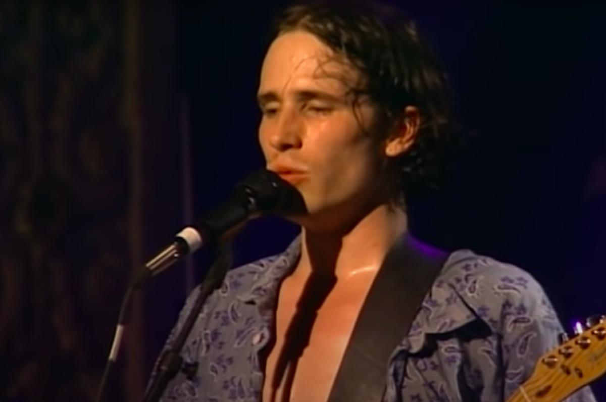 Jeff Buckley performing