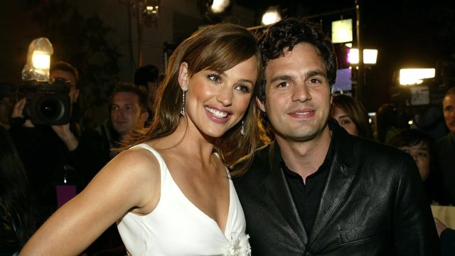 Jennifer Garner and Mark Ruffalo in 2004