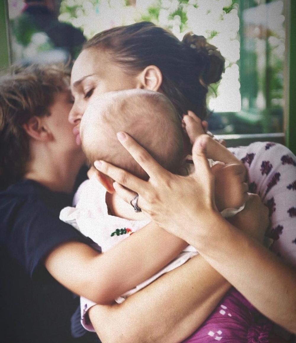 Natalie Portman kids instagram