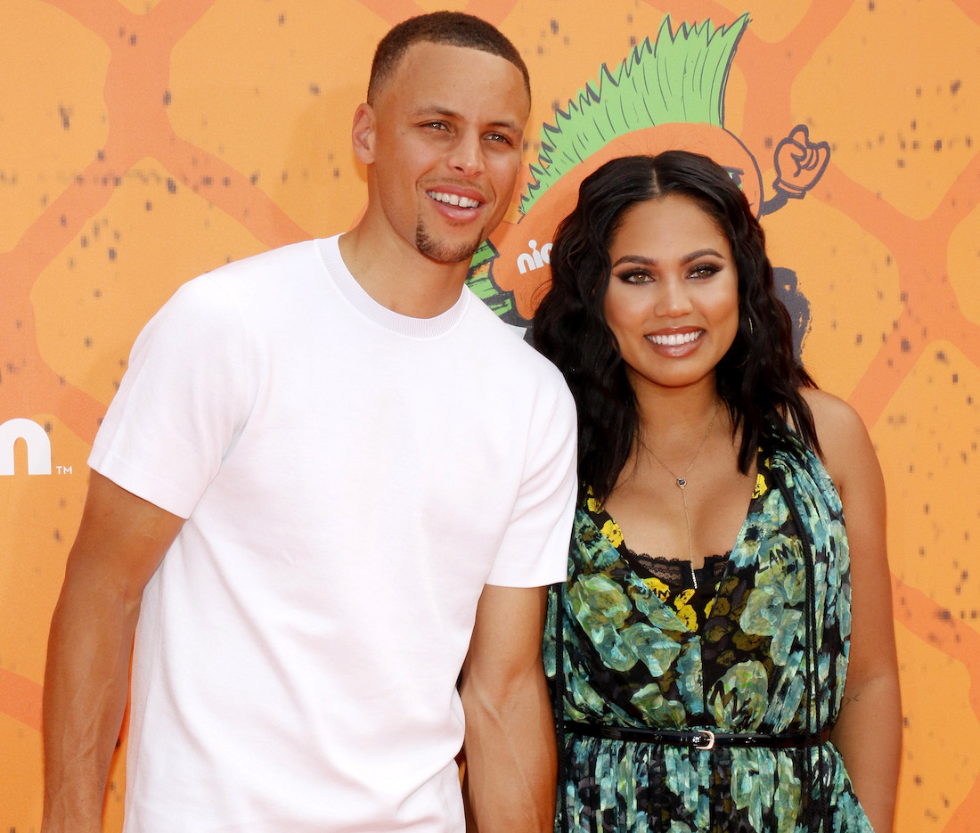 Stephen Curry and Ayesha Curry at the Nickelodeon Kids' Choice Sports Awards in 2016