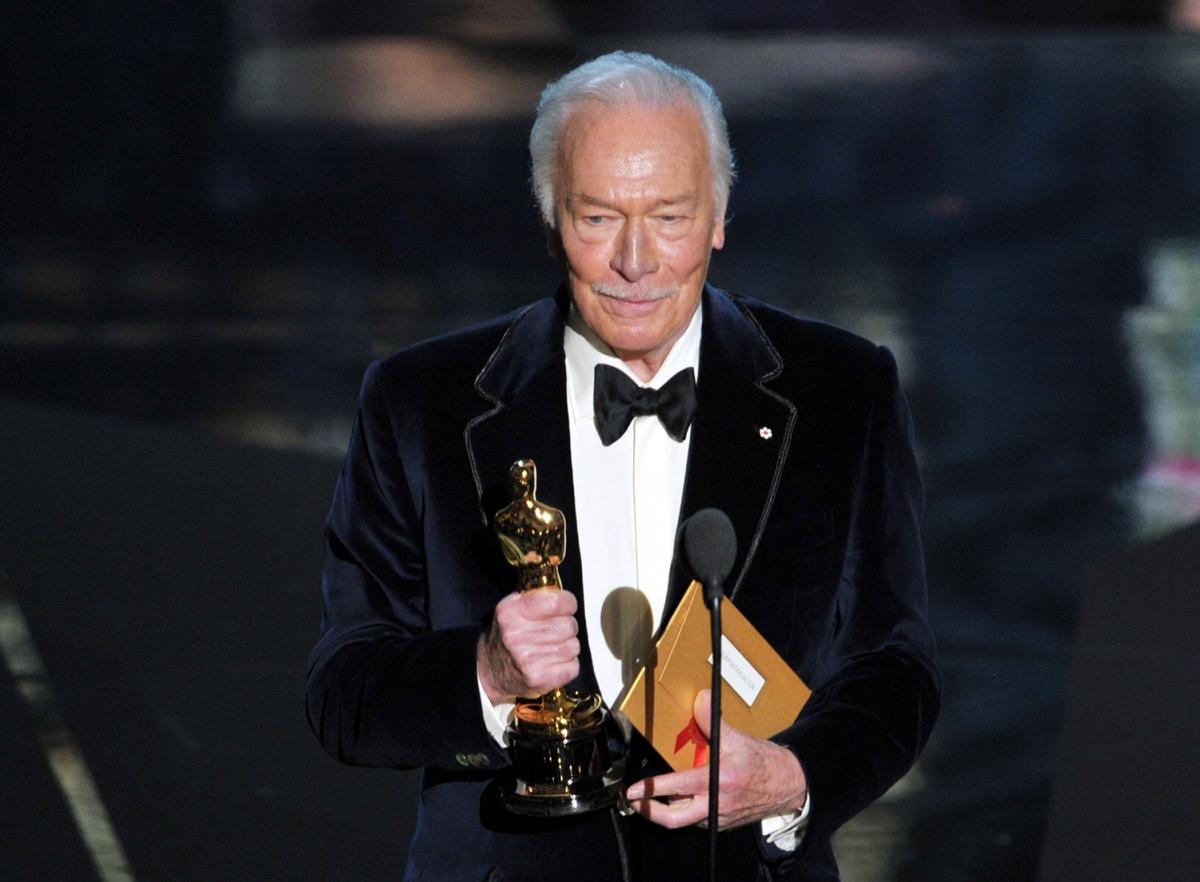 Christopher Plummer accepting Oscar Award