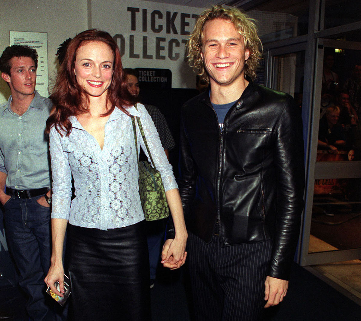 Australian actor Heath Ledger and American actress Heather Graham arriving at the UK premiere of Hollywood film 'The Cell' at The Odeon West End in Leicester Square, London.