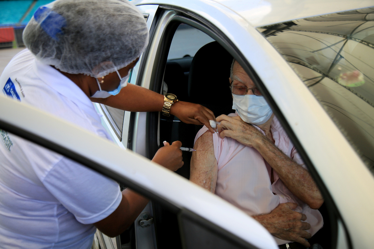 Vaccination against the coronavirus for elderly over 85 years old