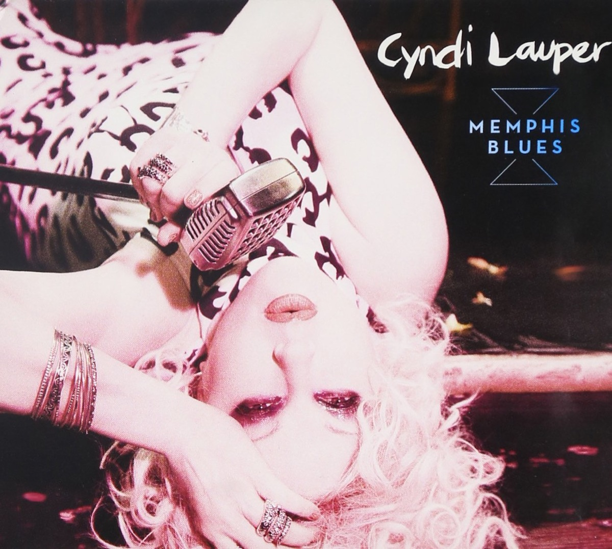 """The album cover of """"Memphis Blues"""" by Cyndi Lauper"""