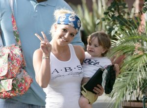 Britney Spears walking with her baby son in 2007