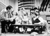 Dan Akroyd, Gilda Radner, Jane Curtin, and John Belushi on SNL in 1975