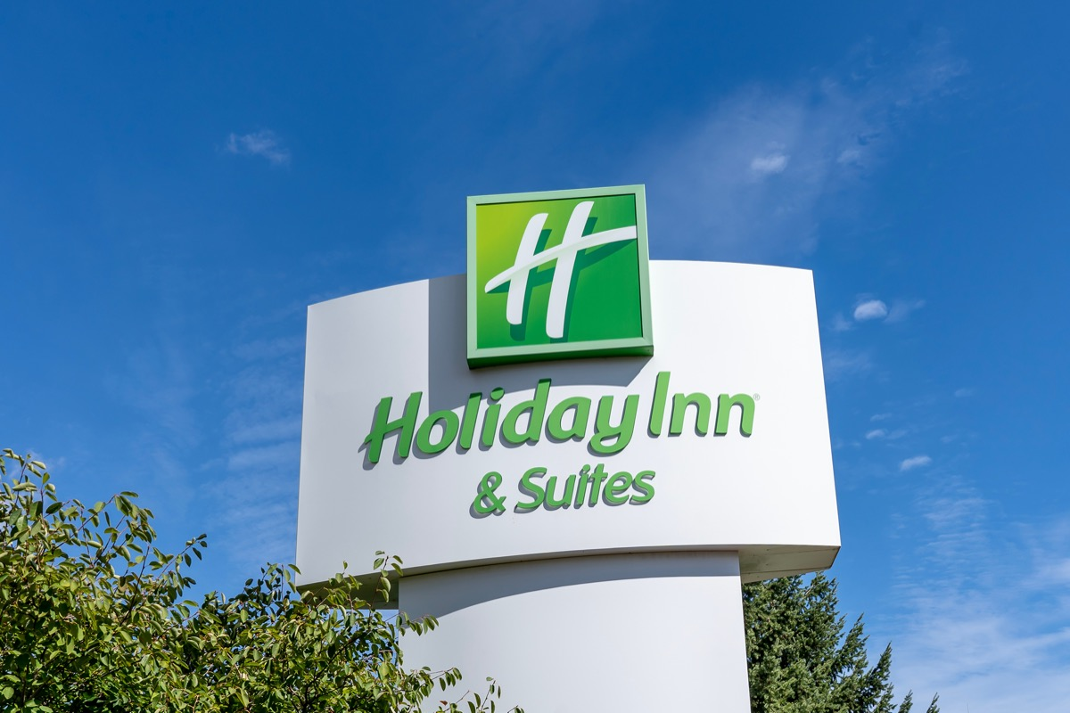 A Holiday Inn and Suites sign in Ontario, Canada