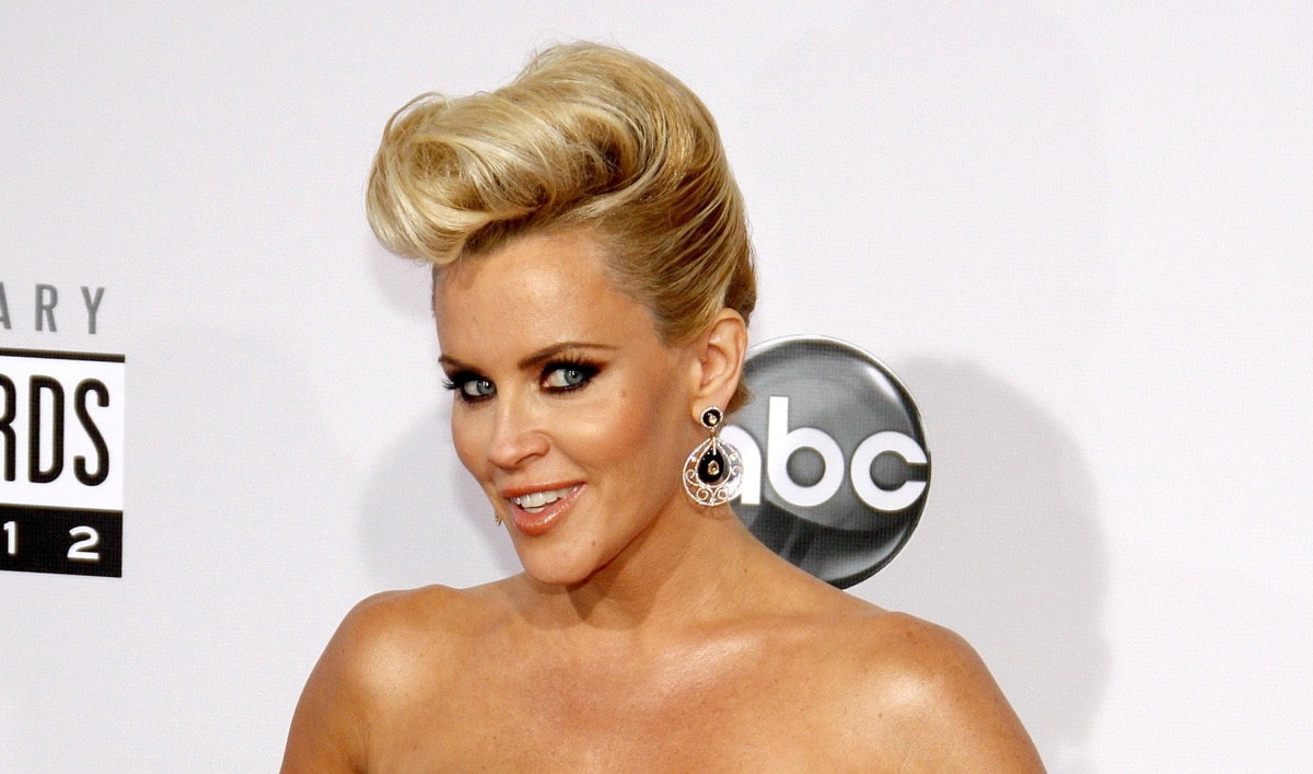 Jenny McCarthy at the American Music Awards in 2012