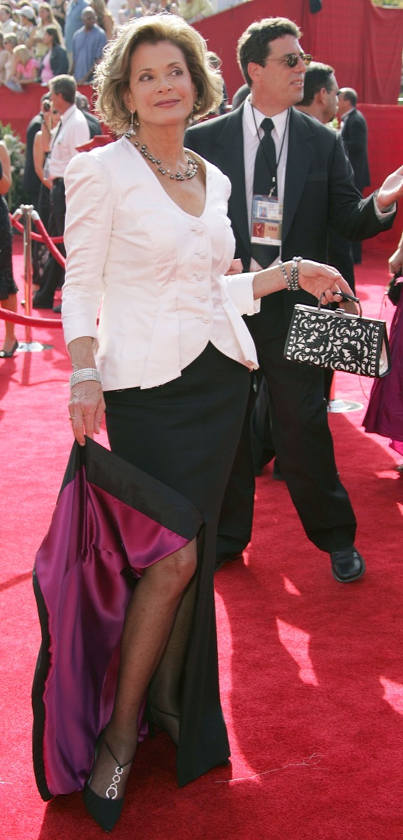 jessica walter in black skirt and white top on emmy red carpet