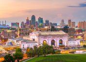 The skyline of Kansas City, Missouri at sunset.