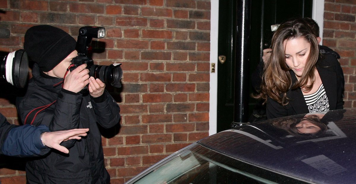 Kate Middleton leaves her Chelsea flat on her 25th birthday on January 9, 2007 in London, England