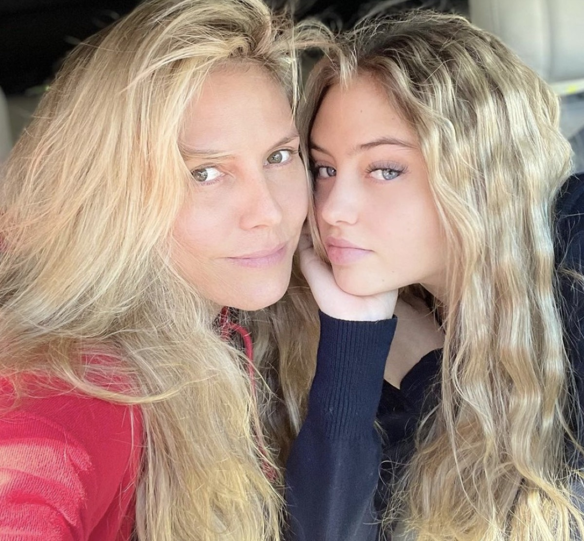 leni klum and heidi klum taking selfie