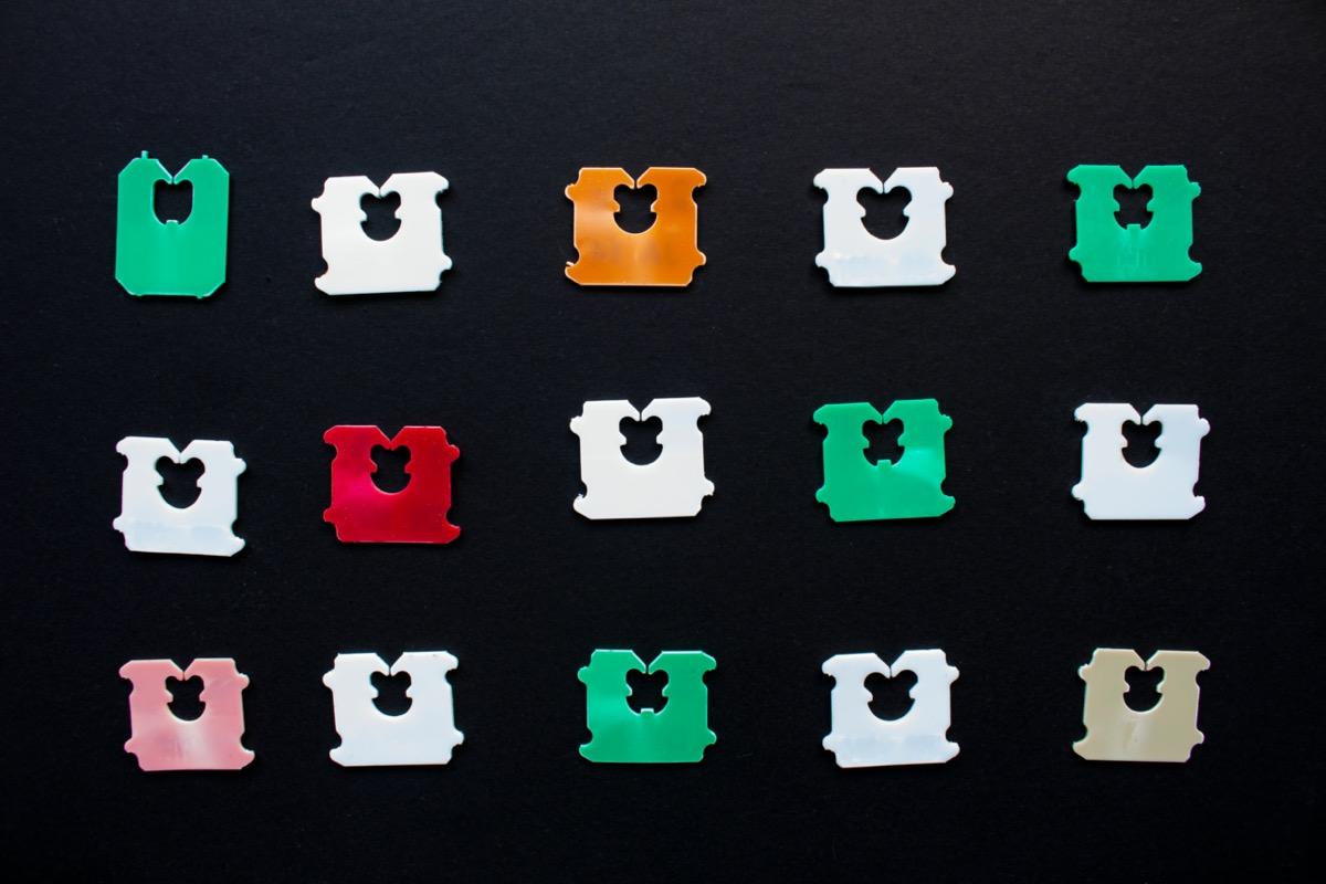 Plastic bread tabs in various colors