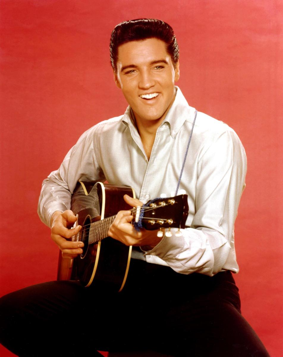 Elvis Presley in 1962